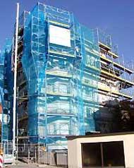 Fassadengerüste und Dachfanggerüst
